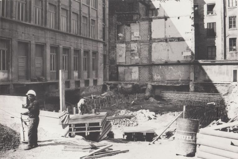 Chantier du bâtiment ISARA (2nd phase), photographie ancienne, 1972