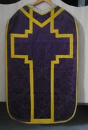 Ornement violet : chasuble