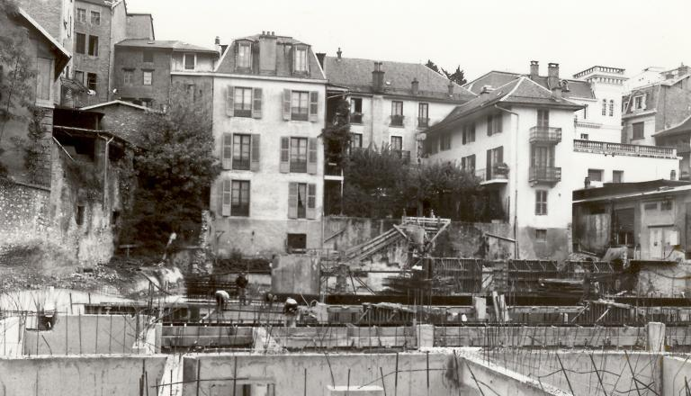 Construction des fondations du parking, 1979