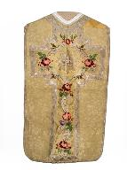 chasuble : ornement doré